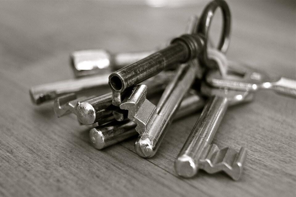 cerrajeros en madrid que cambian las llaves en servicio de 24 horas